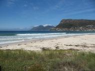 ...on croise de belles plages...