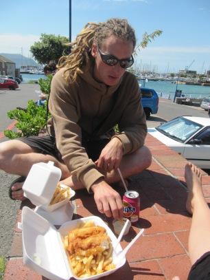 Le Fish and chips à Simmon's Town est une étape obligée! Petit repas sur le port