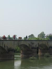 Pont reliant Don Det et Don Khône