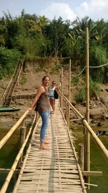 """Passage sur le """" Bamboo bridge """""""