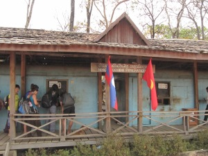 Poste frontière côté Laotien