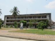 Seule photo de cette ancienne école reconvertie en prison que j'ai envie de prendre